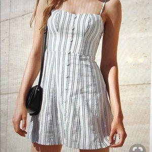 KIMCHI BLUE Lilyanna Linen Button-Down Dress